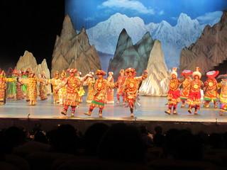 チベット民族ショー02